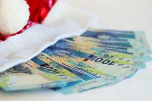 christmas-money-1085021_640