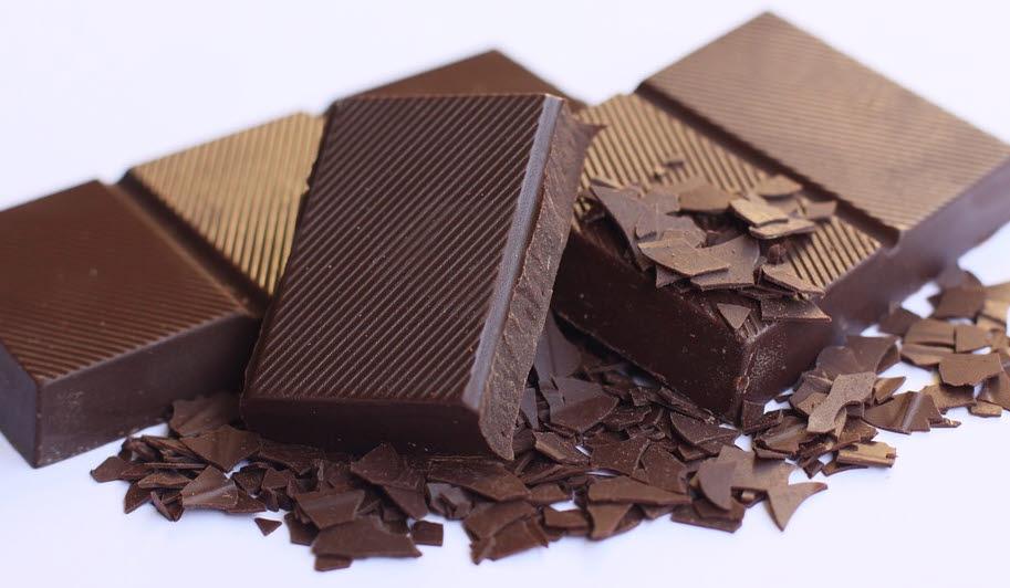 Schokolade löst im Gehirn Belohnungsreaktionen aus